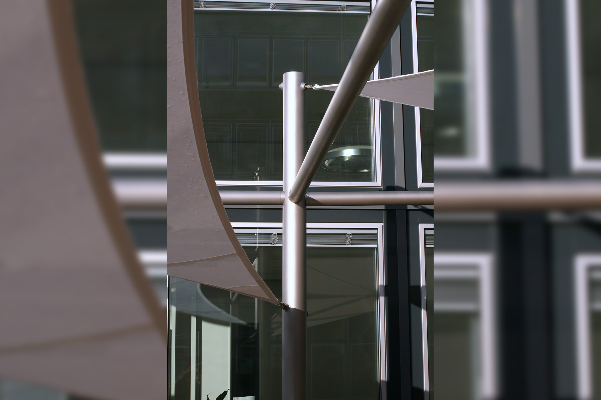 poeschl_anlagenbau_Sonderbauteile_aeronautec-aerosun